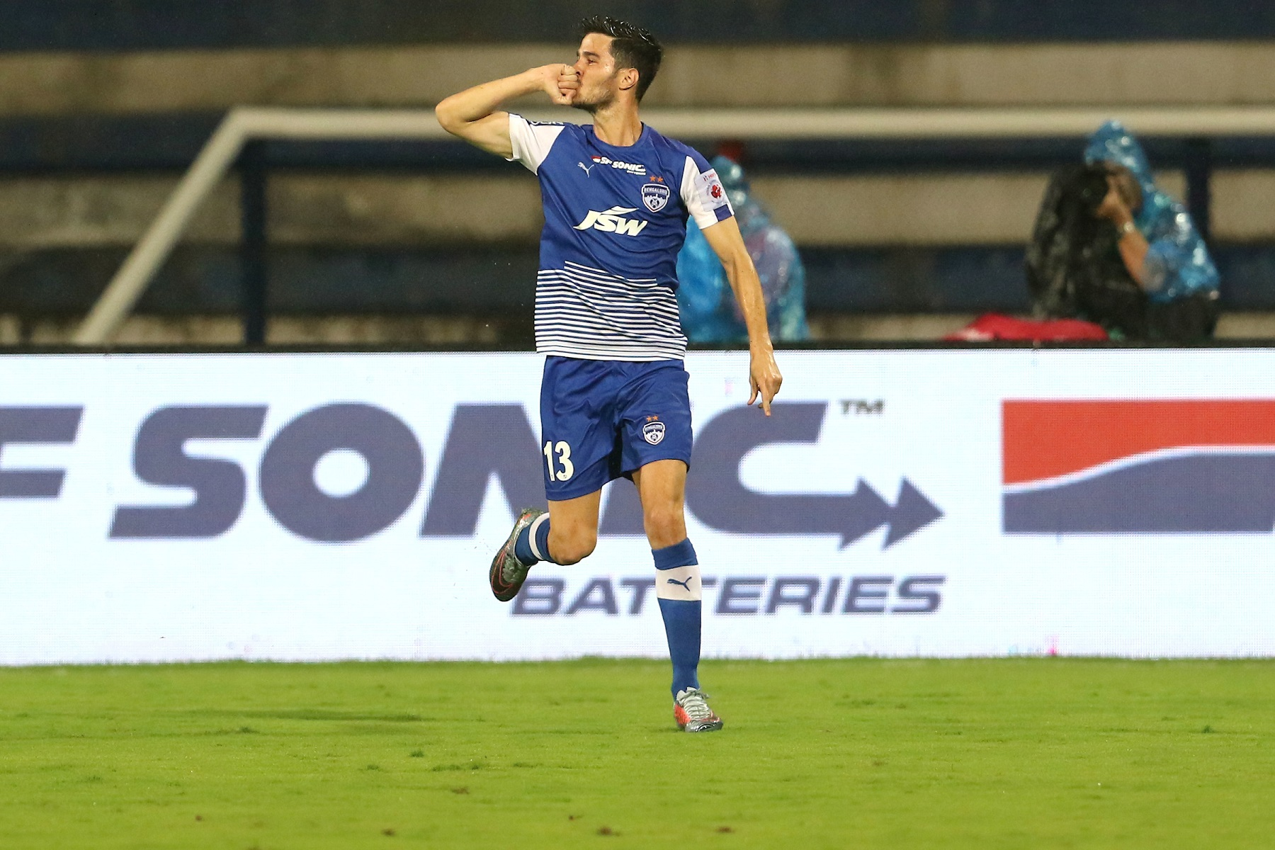 Bengaluru FC vs FC Goa Edu Garcia
