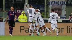 Cagliari players celebrating Fiorentina Cagliari Serie A