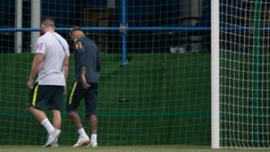 Neymar I Treino Seleção Brasil I 19 06 18 I 19 06 18
