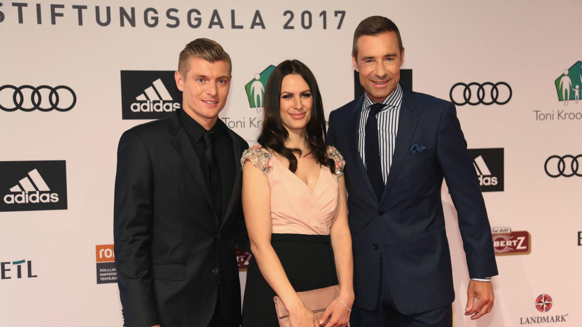 ONLY GERMANY Toni Kroos Jessica Kroos Kai Pflaume