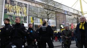 Borussia Dortmund Monaco police fans