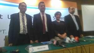 Tigorshalom Boboy, Berlinton Siahaan, Harsiwi Achmad & Risha Adi Widjaya - PT LIB
