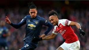 Chris Smalling Pierre-Emerick Aubameyang Manchester United Arsenal 100319
