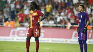 Bafetimbi Gomis Fernando Muslera Galatasaray 09102017