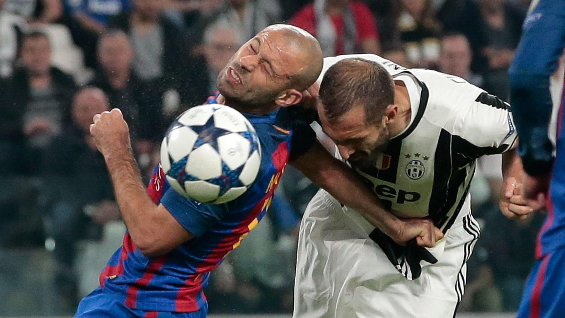 Mascherano Chiellini Juventus Barcelona Champions League 11 04 2017
