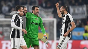 Higuain Buffon Chiellini Juventus