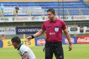 Arbitro Samaniego