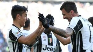Paulo Dybala Mario Mandzukic Juventus Lazio Serie A
