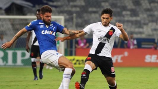 Andrey Rafael Sobis Cruzeiro Vasco Brasileirao Serie A 06062018