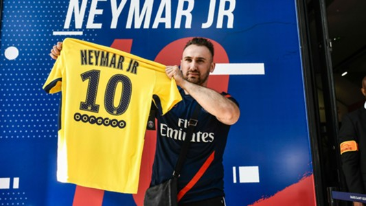 Neymar shirt sold PSG