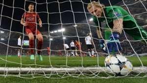 Edin Dzeko Roma Liverpool Champions League