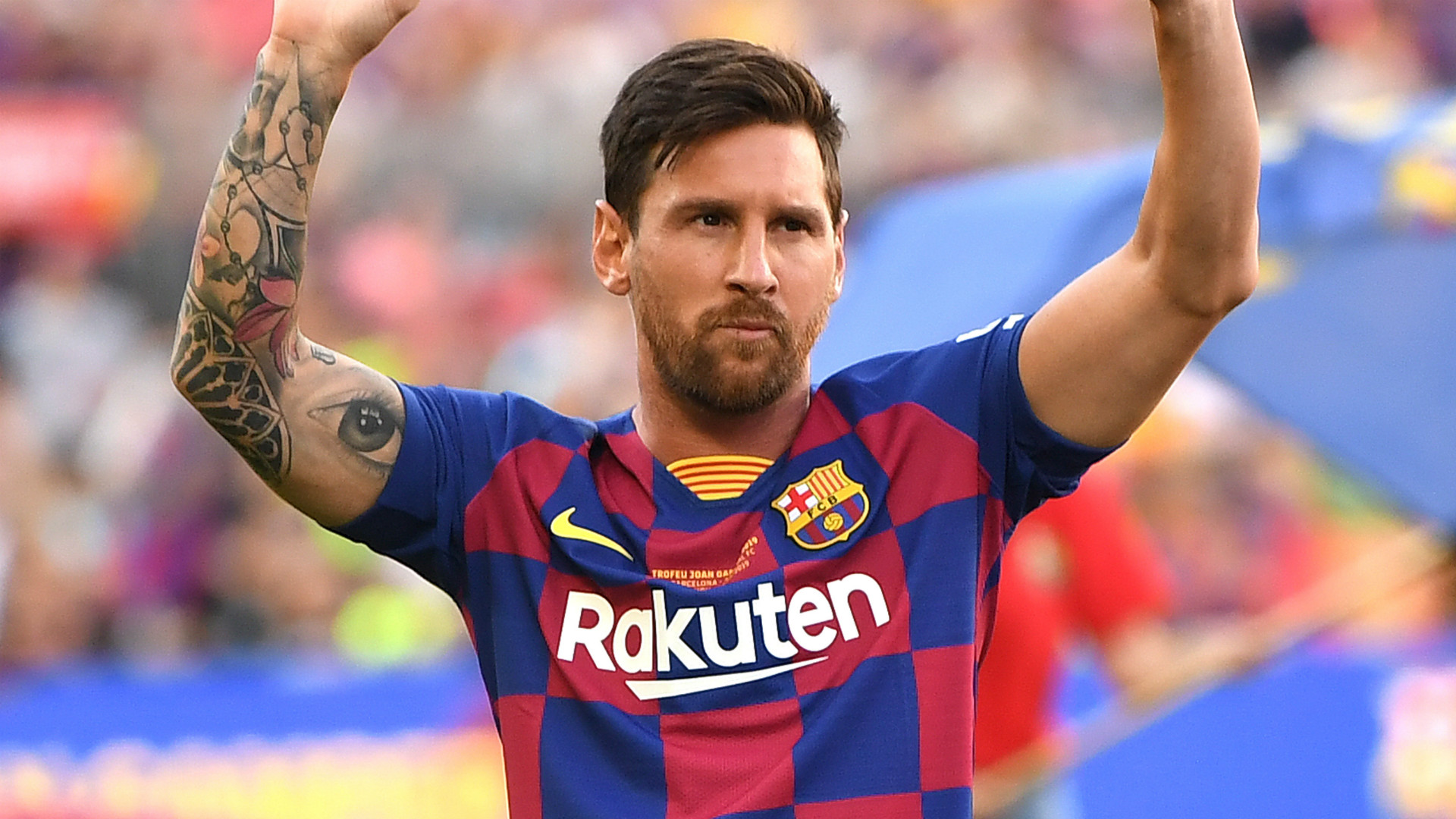 Messi strains calf, will miss Barcelona's USA trip