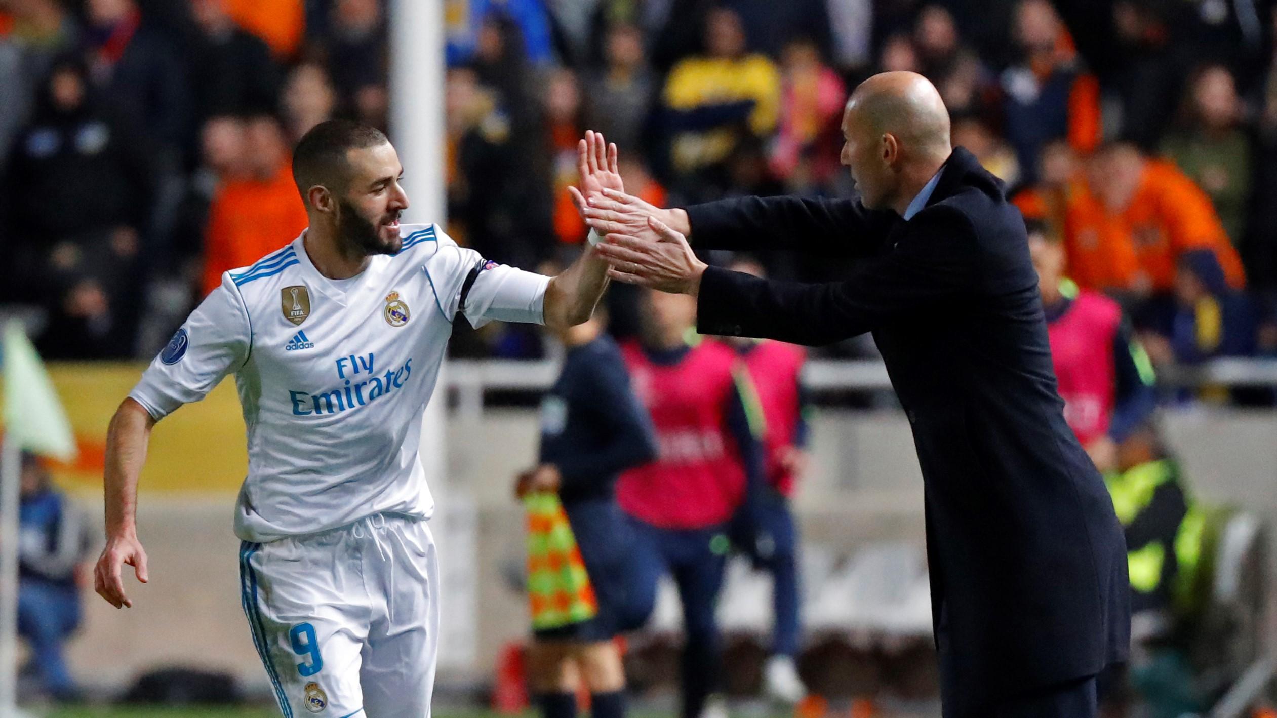 Karim Benzema Zinedine Zidane APOEL Real Madrid UCL 21112017