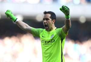 Claudio Bravo Manchester City Hull City 08042017