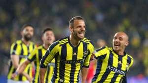Roberto Soldado Aatif Chahechouhe Fenerbahce goal celebration Antalyaspor 04232018