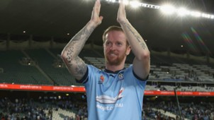 David Carney Sydney FC v Melbourne Victory A-League 05112016