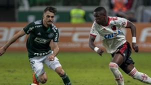 Vinicius Junior Hyoran Palmeiras Flamengo Brasileirao Serie A 13062018