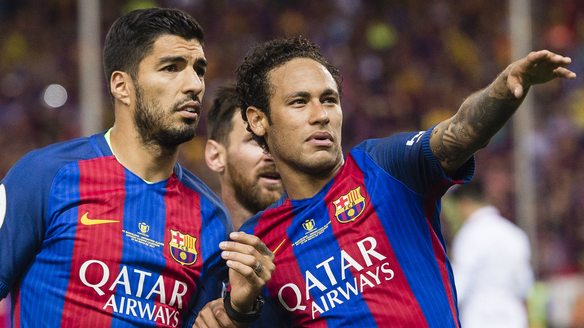 Brazil star Neymar urge PSG to sign Suarez from Barcelona this summer