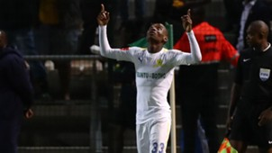 Khama Billiat of Mamelodi Sundowns celebrates