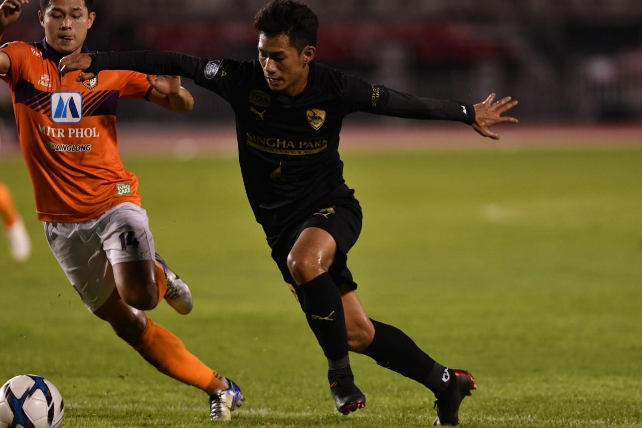 Image result for เชียงรายแซงทุบราชบุรี 3-1 ชิงบอลช้าง