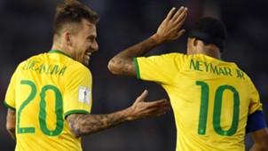 Lucas Lima e Neymar Brasil 13 11 15