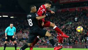 Liverpool Swansea Oxlade-Chamberlain Jordan Ayew 26122017