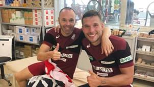 Iniesta - Podolski