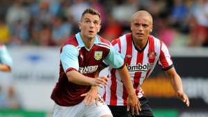 Jay Rodriguez & Wes Brown - Burnley v Sunderland - 2011