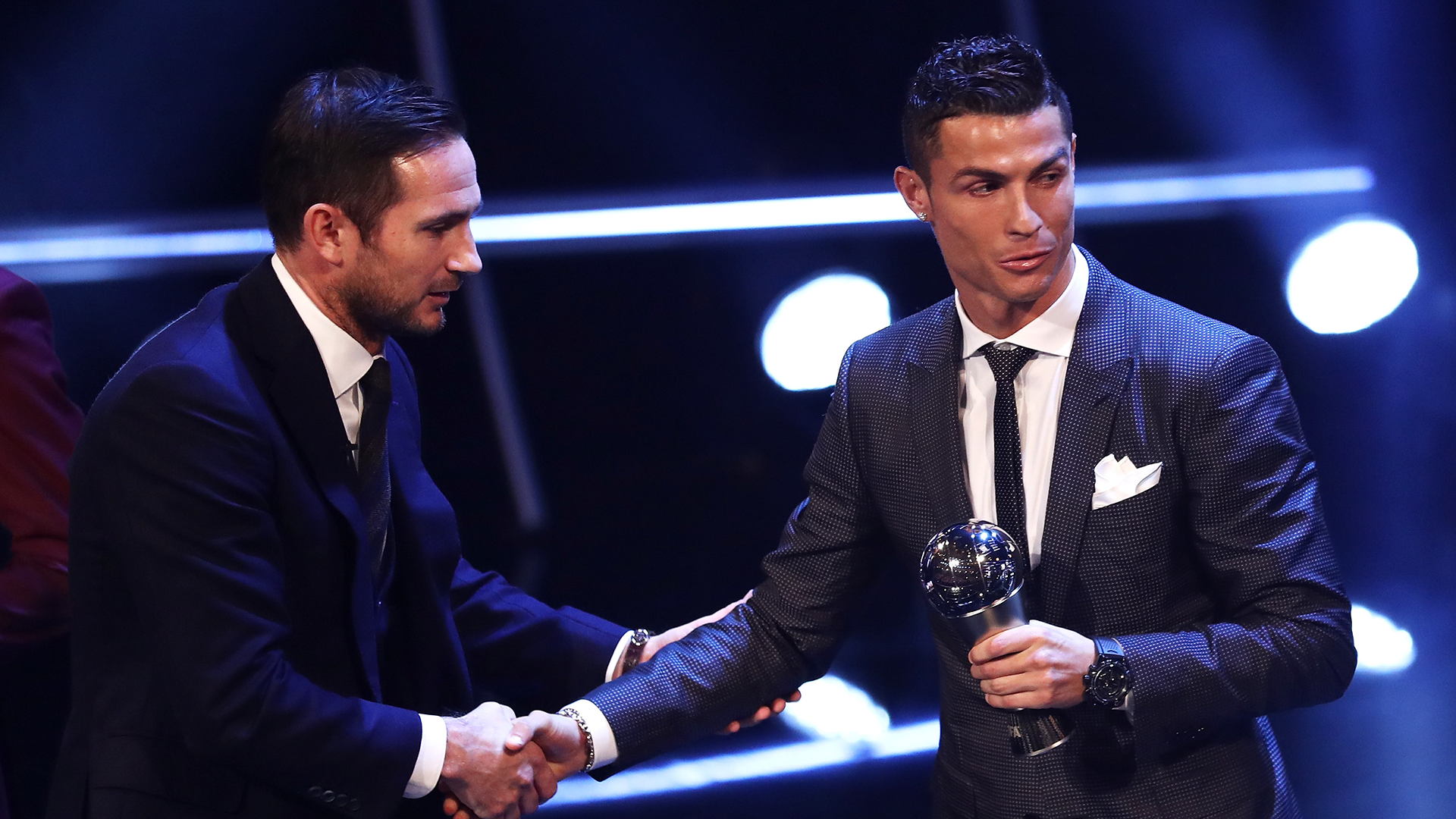 Ronaldo, Drogba, Lampard to decide victor  — FIFA Best Player