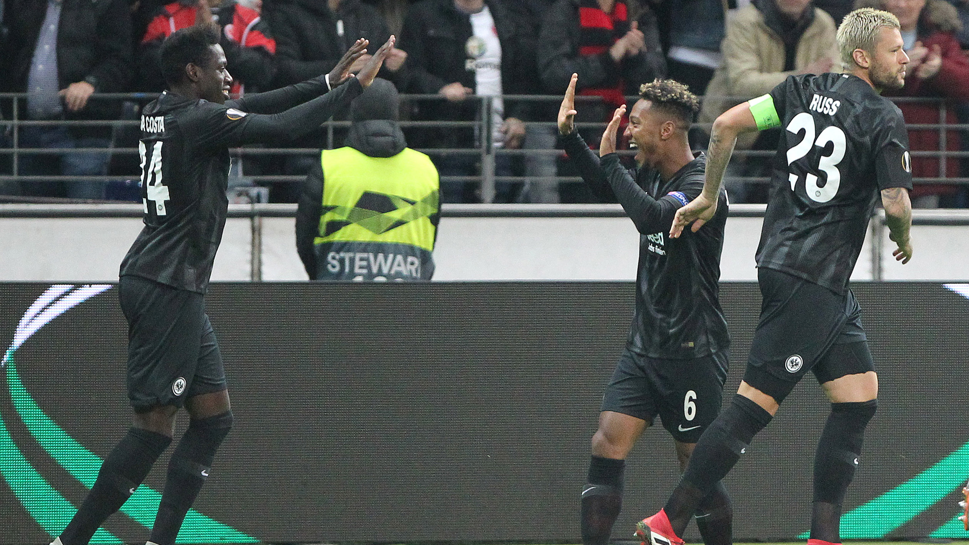 Eintracht Frankfurt da Costa de Guzman 04102018