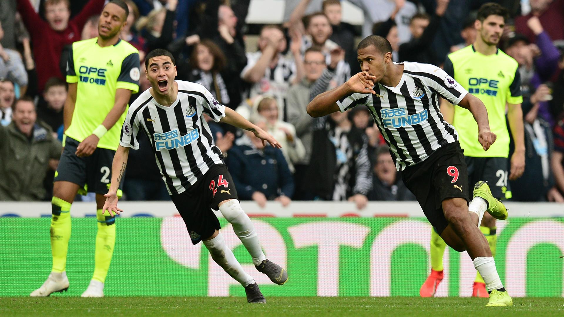 Salomon Rondon Newcastle United - Huddersfield Town 02232019