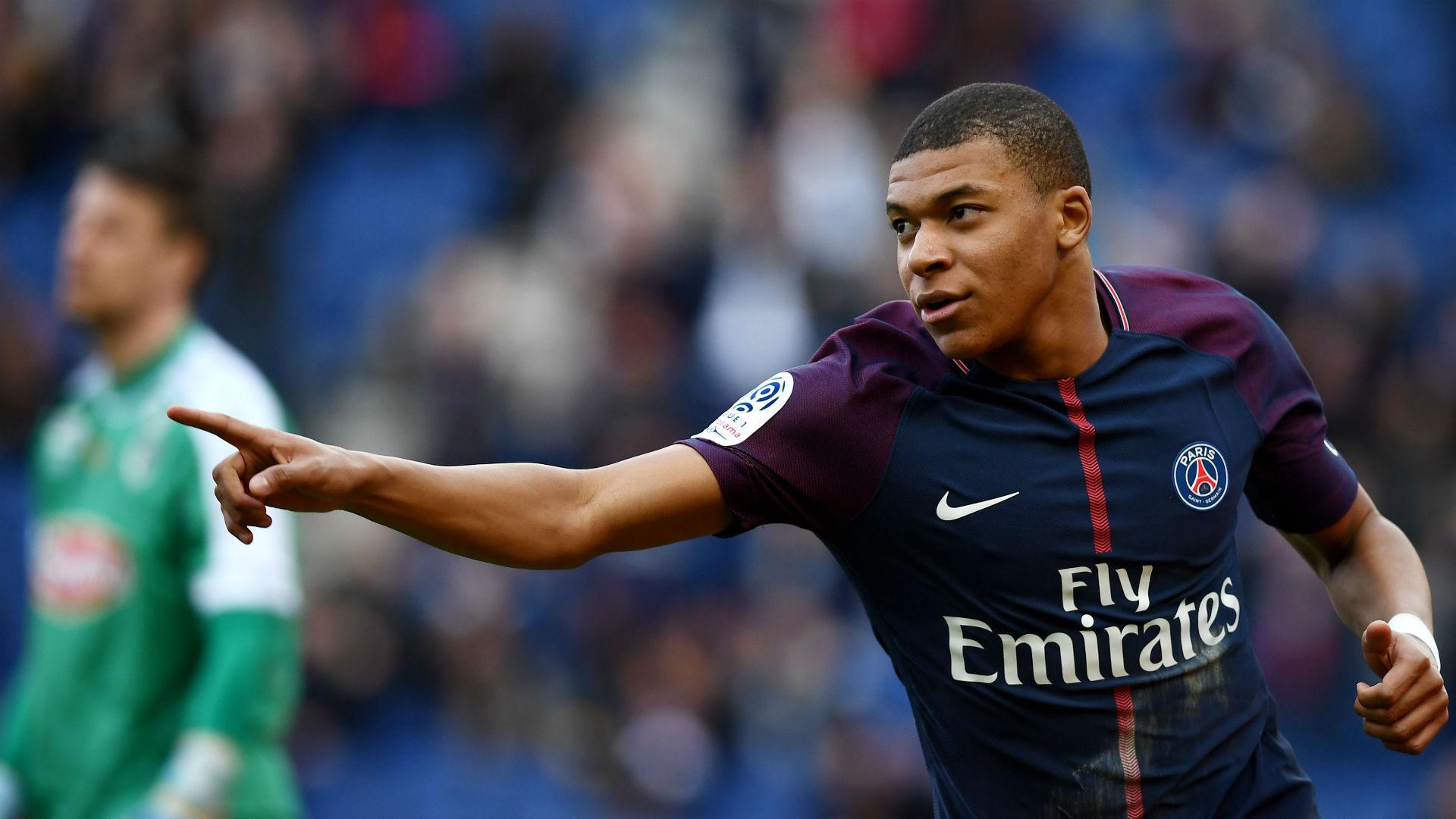 Paris Saint-Germain reduzido a dez bate Angers SCO por 2-1