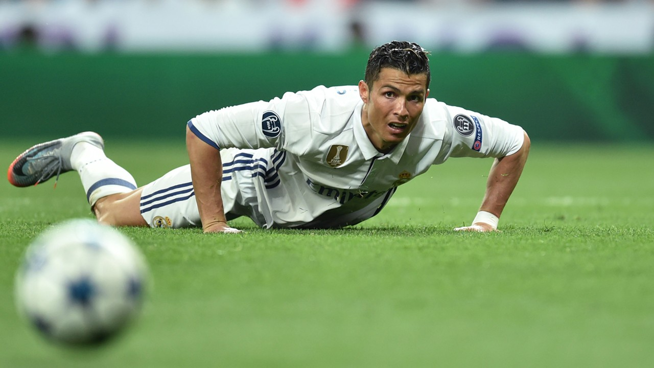 Cristiano Ronaldo to appear in court to face tax evasion