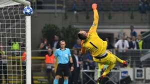 Handanovic Inter Tottenham Champions League