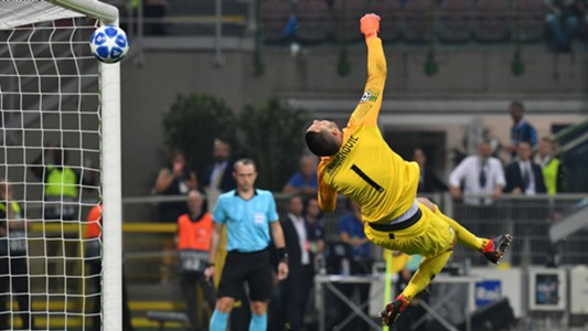 Handanovic Inter Tottenham Champions League