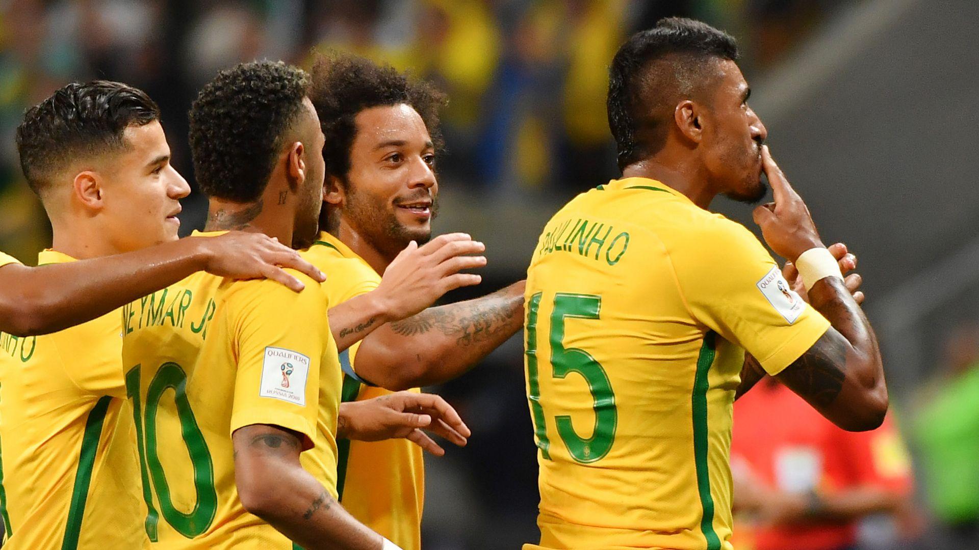 Paulinho Marcelo Neymar Coutinho Brazil Ecuador Eliminatorias 2018 31082017