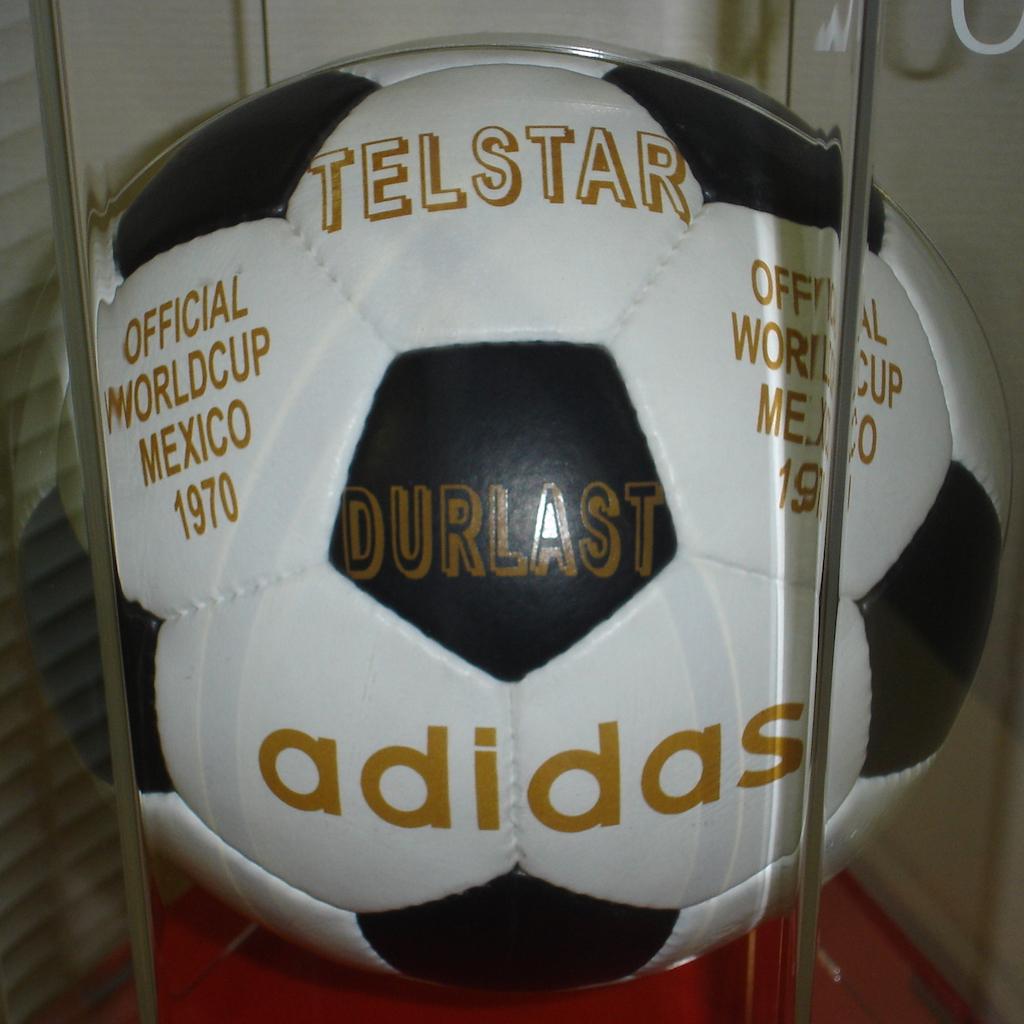 Adidas Telstar 1970 World Cup ball