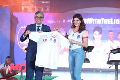Jacqueline Fernandez with Delhi Dynamos owner
