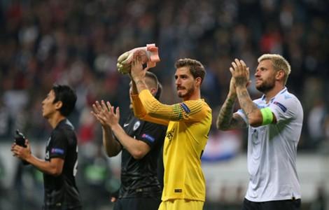 ONLY GERMANY Kevin Trapp Marco Russ Eintracht Frankfurt Lazio Europa League