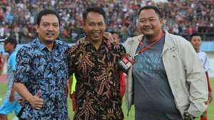 I Komang Putra & Manajemen PSIS Semarang