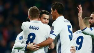 Toni Kroos Raphael Varane Real Madrid La Liga