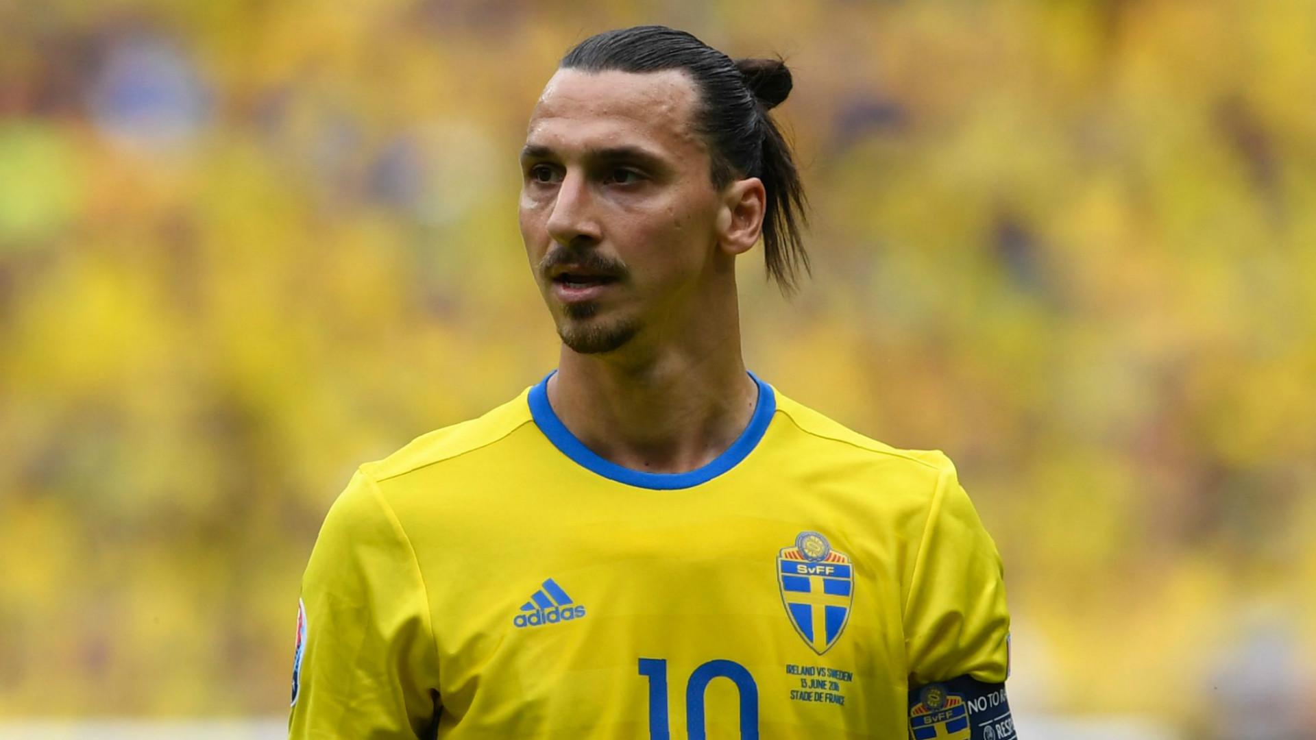 ผลการค้นหารูปภาพสำหรับ ซลาตันแบไต๋คืนทัพสวีเดนลุยบอลโลก