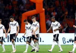 Die deutsche Nationalmannschaft kassiert gegen die Niederlande eine deftige Pleite. Lediglich Joshua Kimmich weiß beim DFB-Team zu überzeugen.