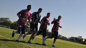 Peru goalkeepers Mario Villasanti (2R)