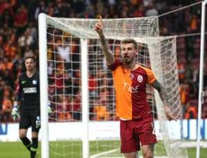 Serdar Aziz Galatasaray Goal Celebration