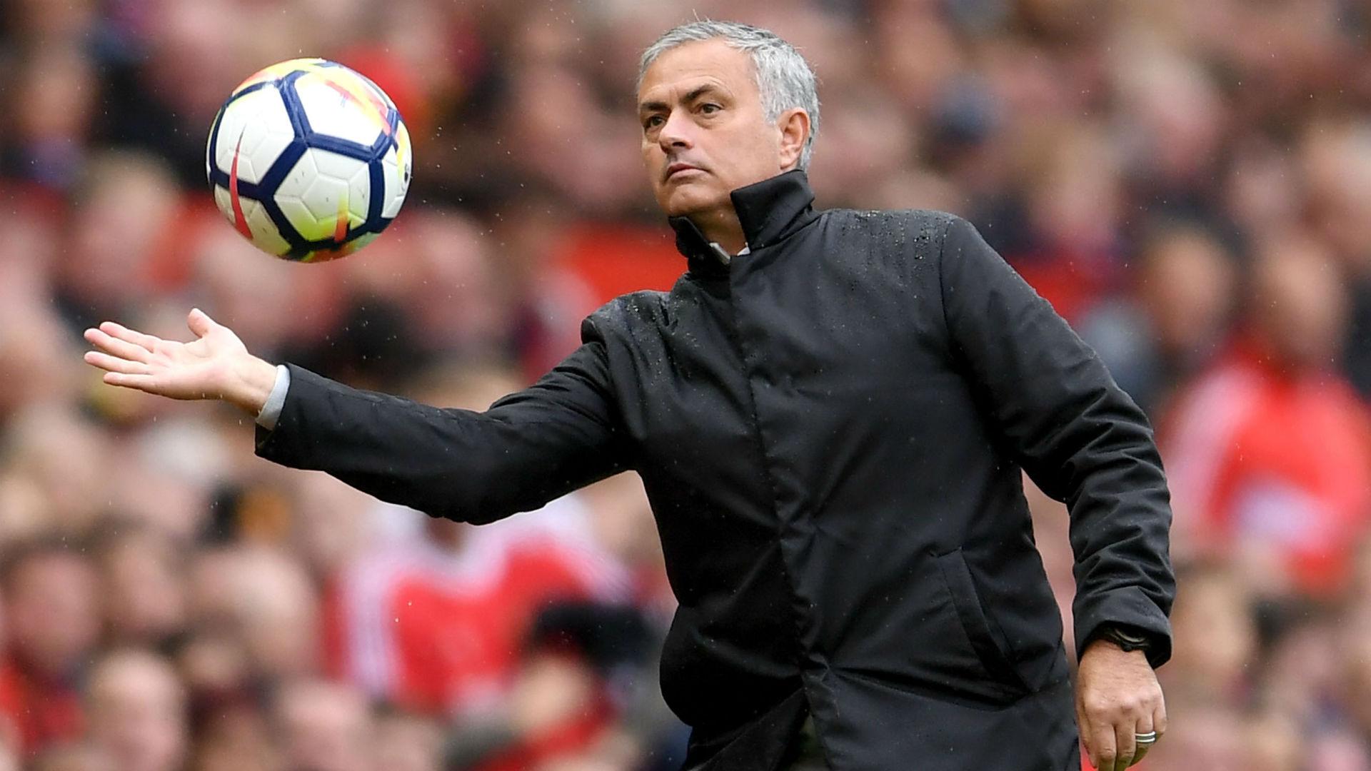 2017-10-14-mourinho.jpg