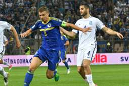 Edin Dzeko Kostas Manolas Bosnia Greece