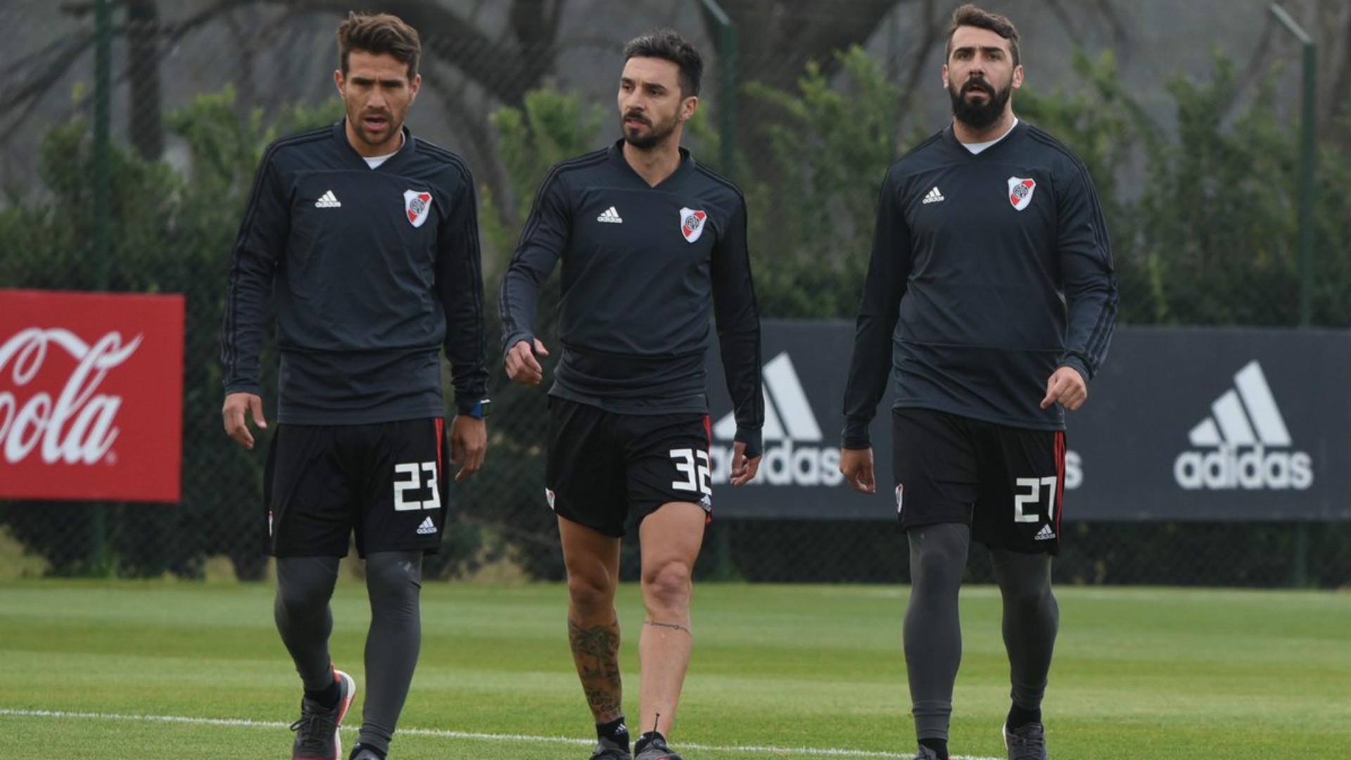 Campeones 2015 vs. 2018: las formaciones de la despedida de Mora