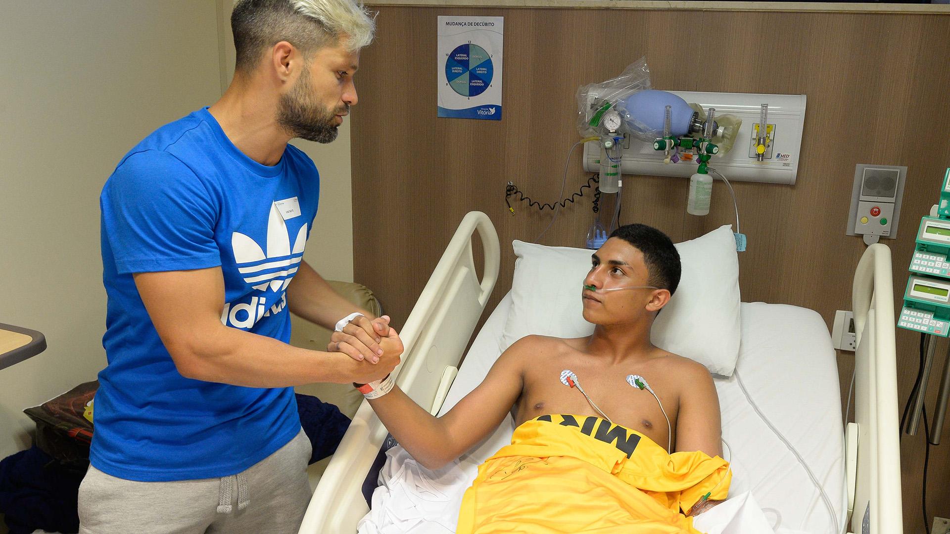 Diego Francisco Dyogo Flamengo incêndio visita 11022019