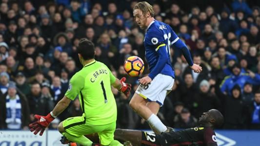 Tom Davies Everton Manchester City